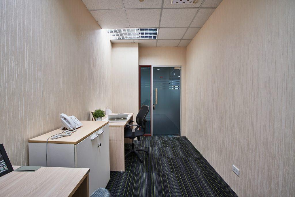 Room104-03